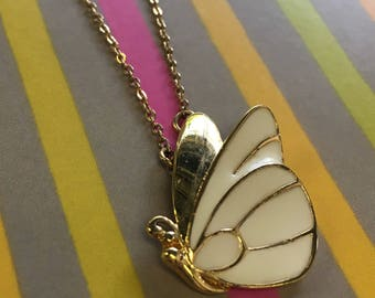 Vintage Monet cream butterfly necklace *FREE SHIPPING!*