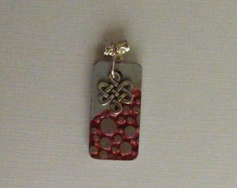 RED BUBBLES EMBOSSED RECTANGULAR CONCRETE PENDANT