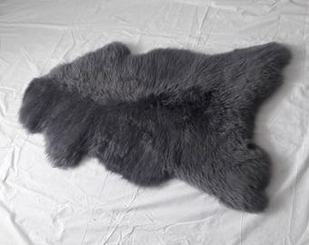 Real SHEEPSKIN GRAY Genuine Leather . Natural Sheep Skin Very Fluffy Decorative Rugs 44'' x 26'' Amazing Color !!! Real photo.