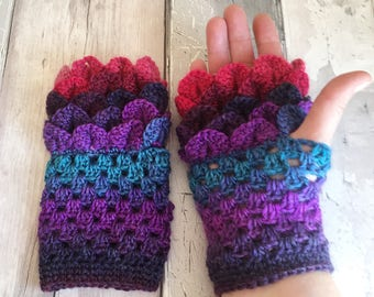 Fingerless gloves - ladies gloves - texting gloves - dragon scale gloves - teen gloves - rainbow gloves - gloves - driving gloves