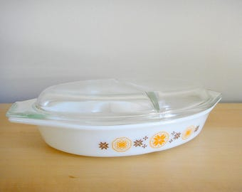 Vintage Pyrex Divided Dish with Lid, Town And Country Pattern, Divided Casserole, Old Pyrex Milk Glass Snack Server