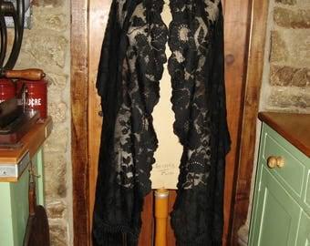 A Beautiful Antique Victorian Silk Lace Evening Stole / Wrap  ~  1800's