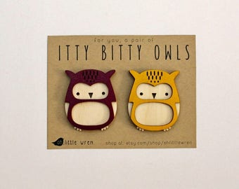 itty bitty owls, set of 2 • magnet or plain • laser cut • refrigerator magnets • stocking stuffers • owl lovers • locker decor