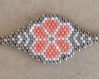 Peyote bracelet in MIYUKI beads