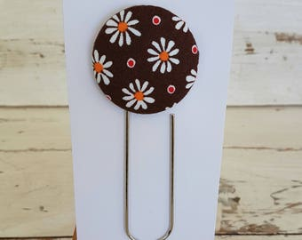 Bookmark - Brown Daisy Design - Button Bookmark - Paperclip Bookmark - Book accessories - Planner Accessories - Giant Paperclip Bookmark