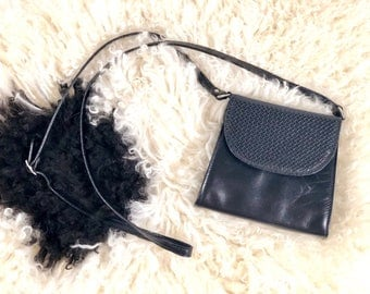 Vintage Black Leather Style Crossbody Bag
