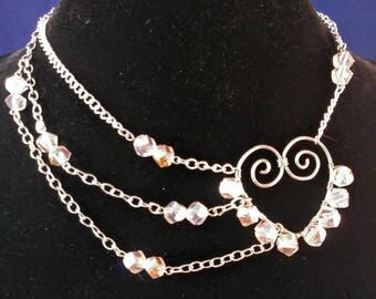 Sweetheart off center necklace