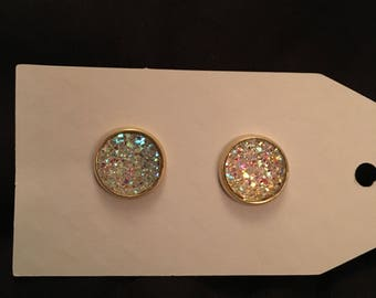 Katie 12mm Sparkly Clear Flat Druzy Gold Setting
