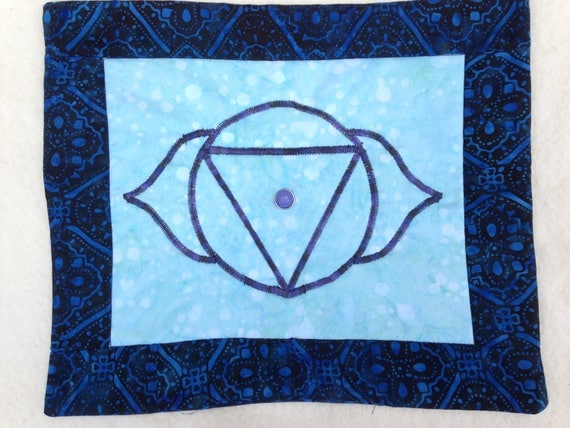 Meditation Quilt Third Eye Chakra-Balancing