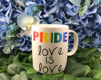 PRIDE - love is love mug