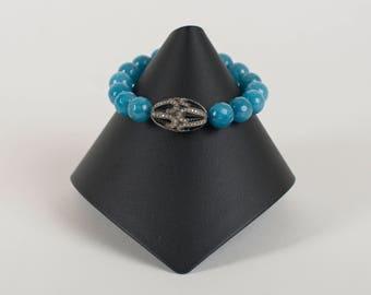 Pave diamond and agate bracelet