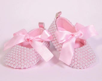 Pink pearl Crib Shoes