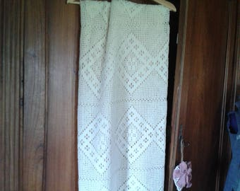 top bed handmade crochet ecru