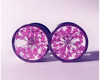 13mm Pink lace flower plugs!