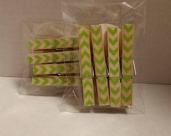 Light green chevron clothespin magnets