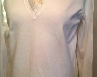 V-neck sweater in white cotton