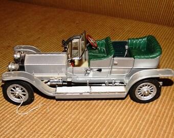 Vintage Franklin Mint 1:24 1907 Rolls-Royce Silver Ghost