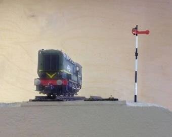 Scale H0 / 1:87 Dutch railway signal pole.
