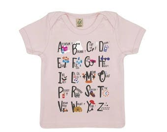 Tshirt primer baby letters in organic cotton