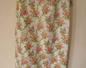 Vintage Queen Flat Sheet Cream Floral Pink Green Vibrant