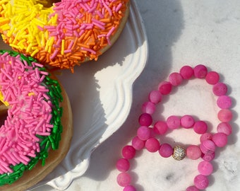 Pink gemstone beaded bracelet