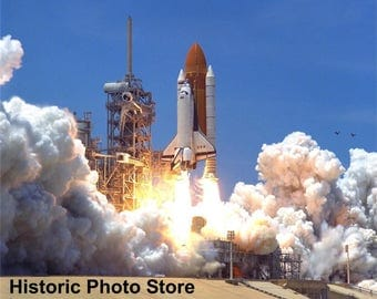 """8 x 10"""" Glossy Reproduction photo of The Launch of The Shuttle-Columbia."""