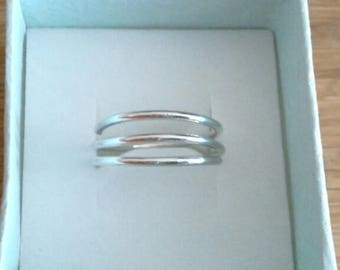 Handcrafted 3 band wire ring