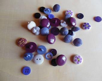 Purple button set