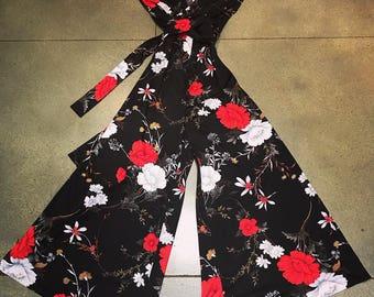 Goregeous Vintage floral wide leg jumpsuit.