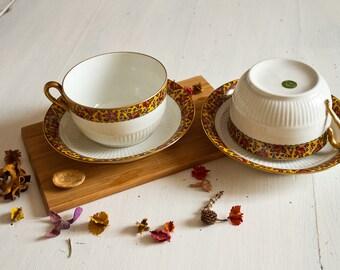 Serving breakfast in porcelain of Limoges Vintage french Set of two vintage Limoges porcelain breakfast cups.