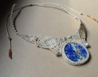 Lapis Lazuli necklace - Macrame