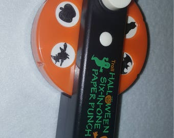 Troll Halloween 6 in one paper punch