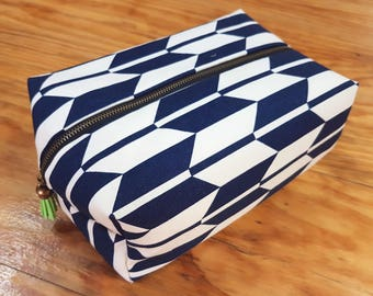 Modern Large Make-up/Toiletries Bag