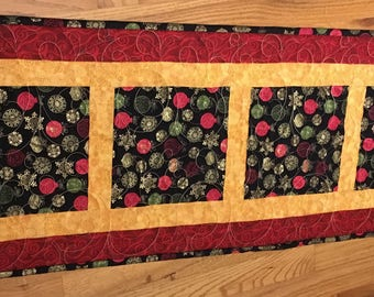 Christmas Ornamet Pre-Cut Table Runner Quilt Kit