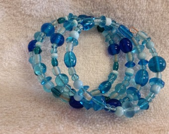Adult Memory Bracelet in Glass Blues, Elegant, Assorted-sized Beads, 3 loops