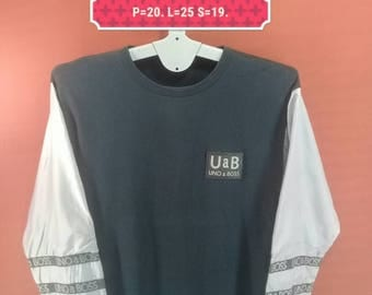 Vintage Uno a Boss Sweatshirt Spellout Shirt Silver Black Cross Colour Size M Polo Ralph Lauren Shirts Polo Bear Polo Stadium Supreme