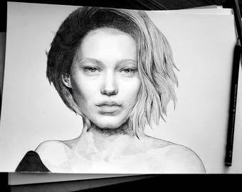 Lea Seydoux A4 Graphite