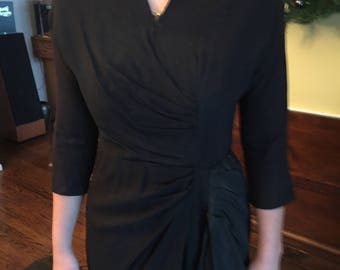 VINTAGE FORTIES DRESS black with many Drapes