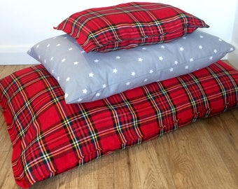 Medium Pet Cushion