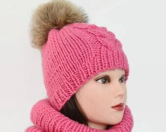 Winter hat Knit hat Oversized beanie Hat chunky Slouchy beanie hat Pom pom beanie hat woman Knit slouchy hat Chunky wool hat Hand knit hat