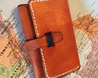 """The """"Mountain Range"""" Leather Coin Purse"""