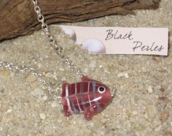 Necklace pink glass fish
