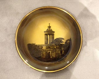 Antique Robert Burns themed  plate featuring Burns Monument, Alloway, Ayr.  Late 1800s.
