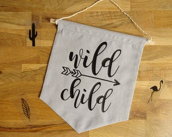 Decorative wall banner made of cotton