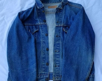 Vintage Levi Strauss & Co Blue Jean Jacket from the 80's
