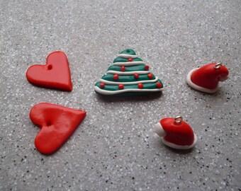 Lot de Breloques fimo  diverses Noël réalisées à la main, fimo, bonnets père noel, coeur