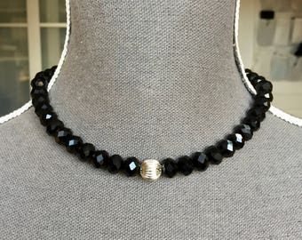 Crew neck, beads, rondelles, faceted black glass, bead, ridged, silver