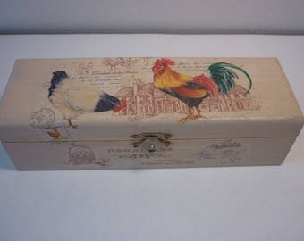 """Country chic """"hens and roosters"""" pencil box"""