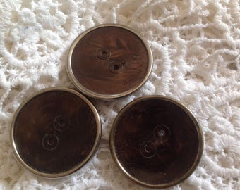 Set of three vintage buttons, 34mm diameter