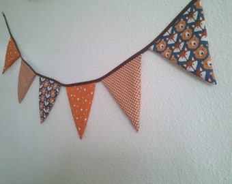 New Collection Garland 6 flags Wolf and Fox